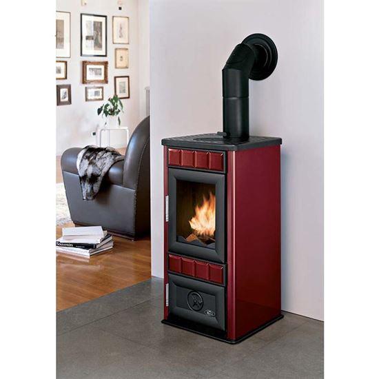 Immagine di Stufa a legna Royal King New 9 kW, volume riscaldabile 170 m³, resa 77,62%, Ø fumi 120 mm, L460xP440xH900 mm, colore rosso